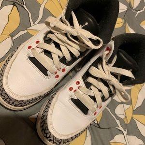 Jordan 3s 4y send offers